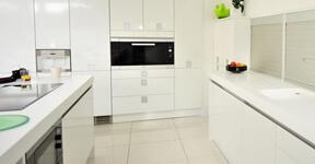 Curățenie de întreținere în bucătărie